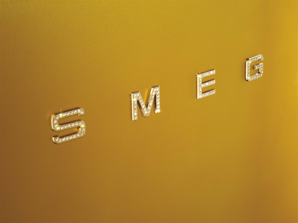 Smeg Kühlschrank Verbrauch : Informationsseite hÜttich smeg fab rdg standkühlschrank mit